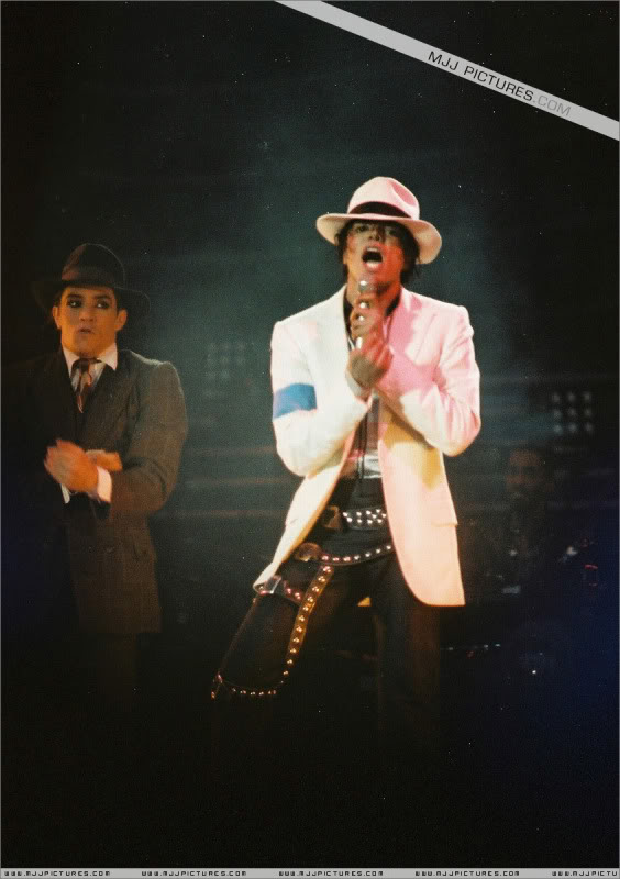 Bad World Tour Onstage- Various 0162