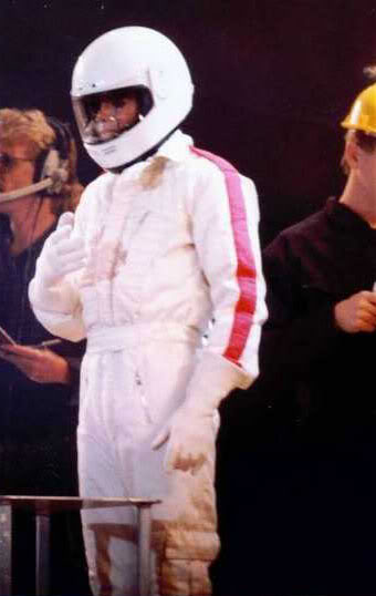 Dangerous World Tour Onstage- Man In The Mirror 018-2-1