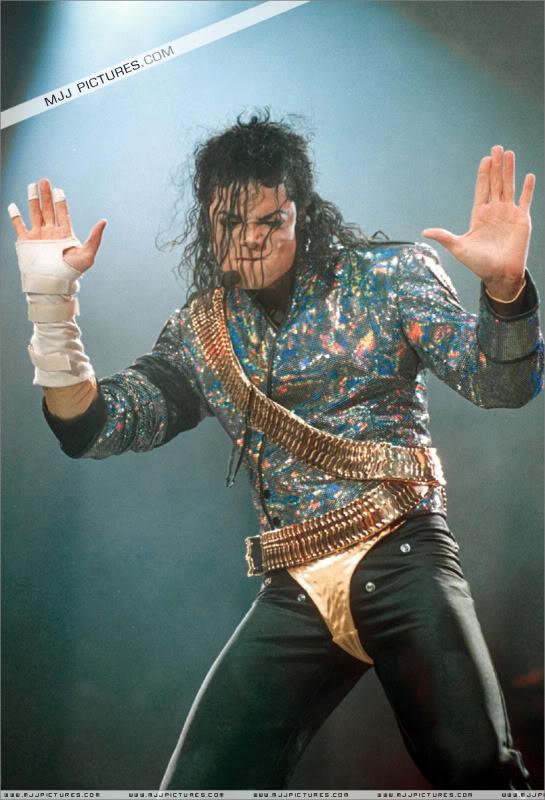 Dangerous World Tour Onstage- Jam 021-9