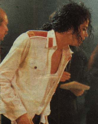Dangerous World Tour Onstage- Man In The Mirror 022-2-1