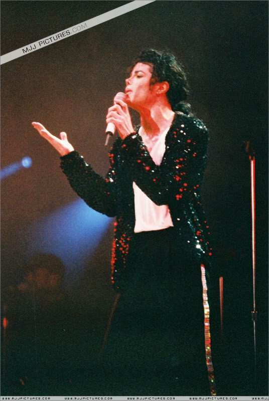 Dangerous World Tour Onstage- Latest Additions 022-4-1