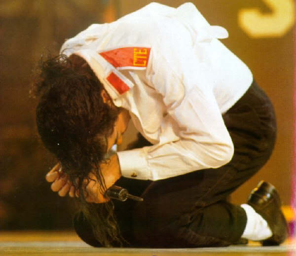 Dangerous World Tour Onstage- Man In The Mirror 023-2-1