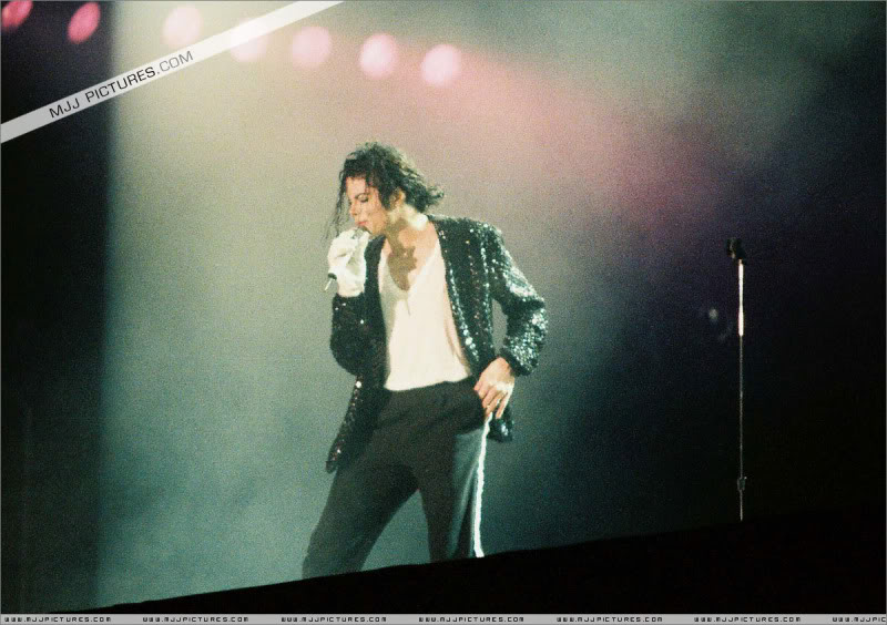 Dangerous World Tour Onstage- Latest Additions 023-4-1