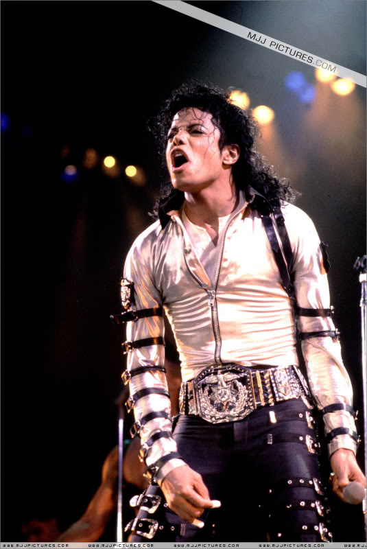Bad World Tour Onstage- Various 024-1