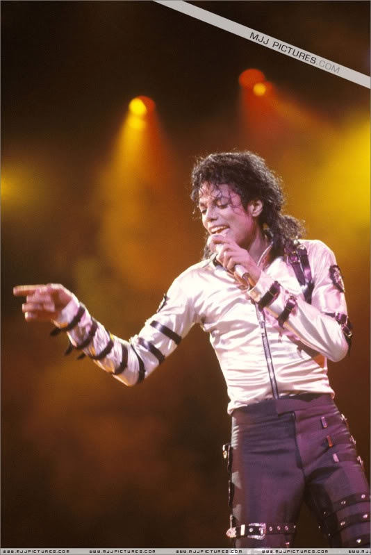 Bad World Tour Onstage- Various 027-1