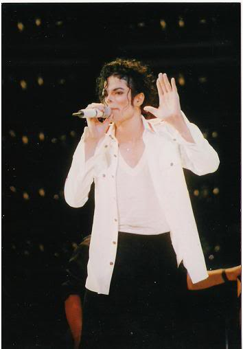 Dangerous World Tour Onstage- Man In The Mirror 028-2-1