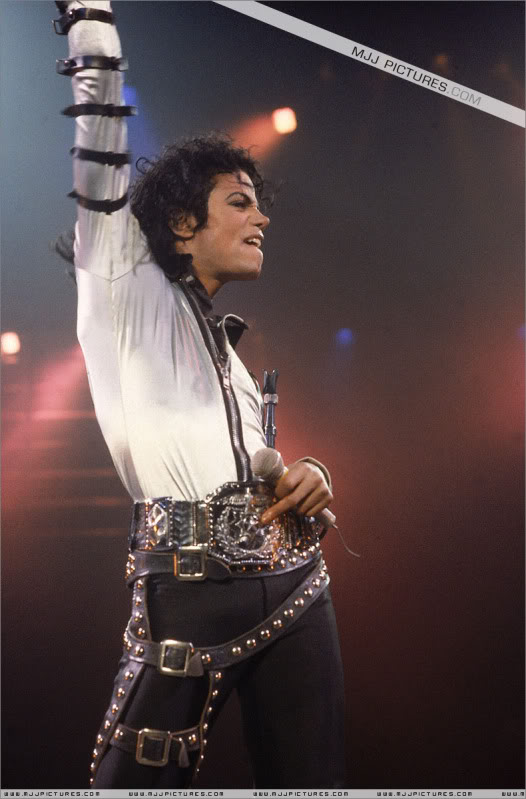 Bad World Tour Onstage- Various 029-1