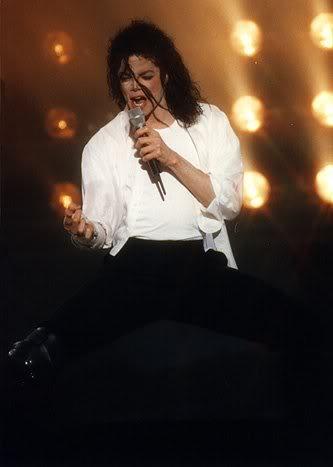 Dangerous World Tour Onstage- Black Or White 029-22-1