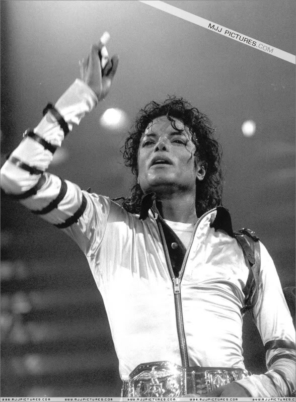 Bad World Tour Onstage- Various 030-1
