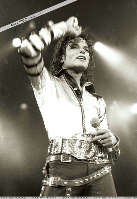 Bad World Tour Onstage- Various 033-1