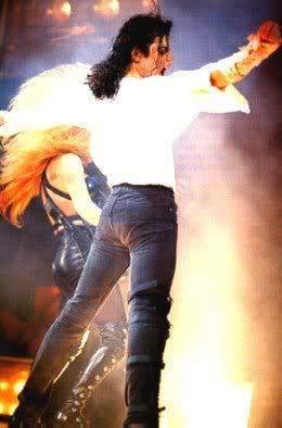Dangerous World Tour Onstage- Black Or White 041-15