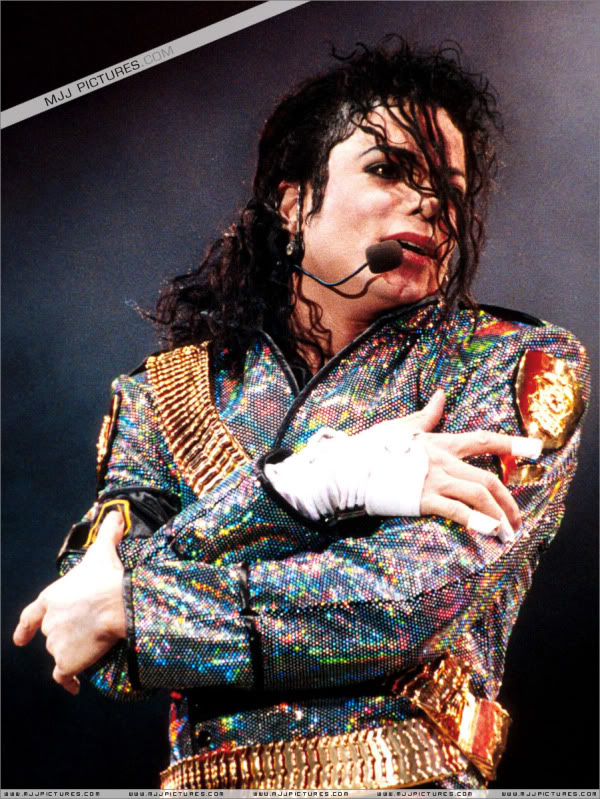 Dangerous World Tour Onstage- Jam 047-4