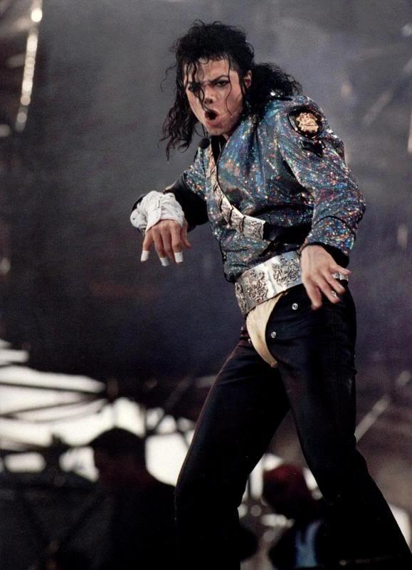 Dangerous World Tour Onstage- Jam 064-6