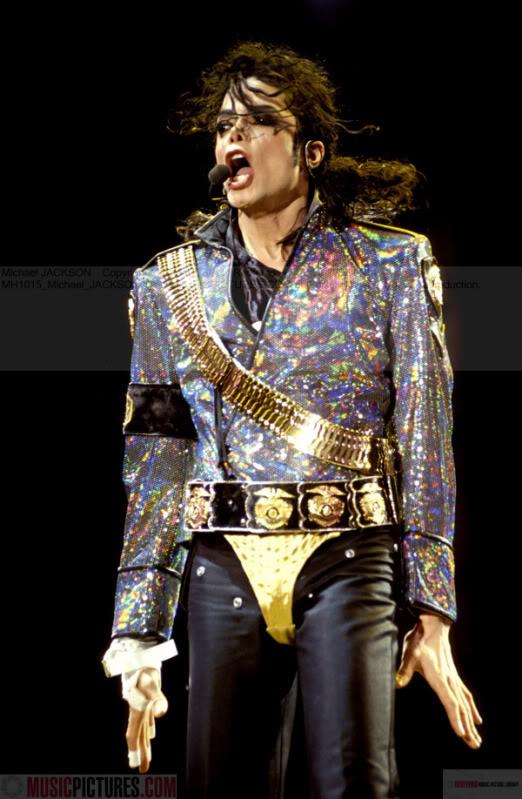 Dangerous World Tour Onstage- Jam 079-1