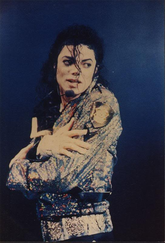 Dangerous World Tour Onstage- Jam 101-1
