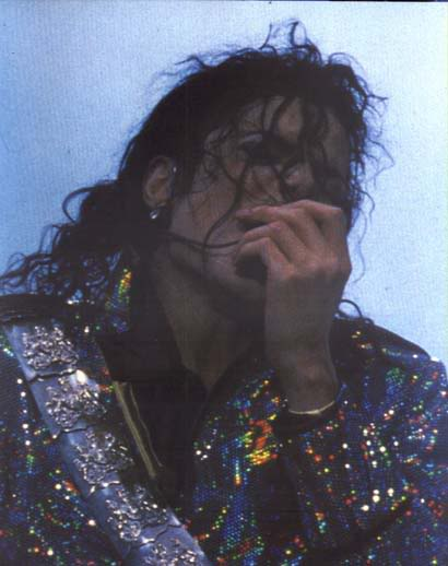 Dangerous World Tour Onstage- Jam 107-2