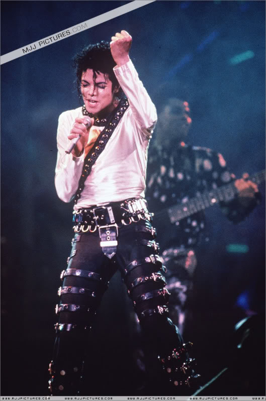 Bad World Tour Onstage- Various 109-1