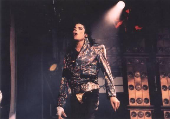 Dangerous World Tour Onstage- Jam 110-1