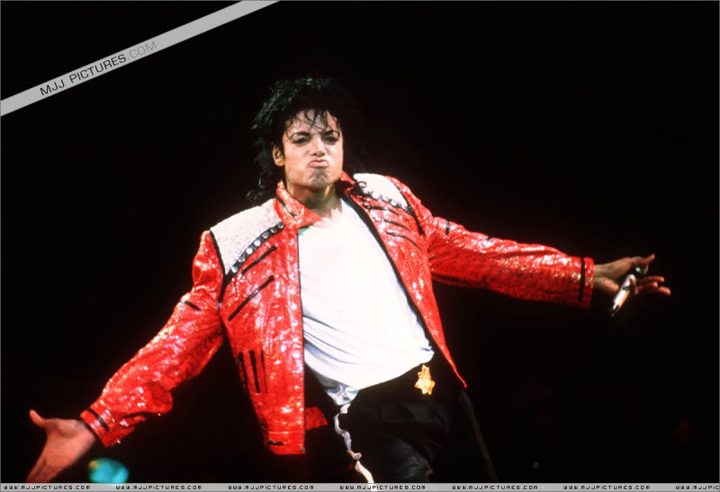Bad World Tour Onstage- Various - Page 3 1172