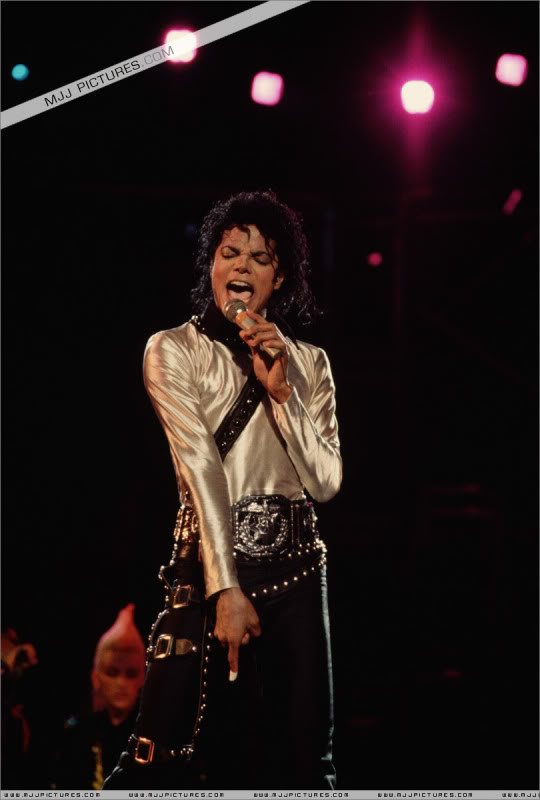Bad World Tour Onstage- Various 118-1
