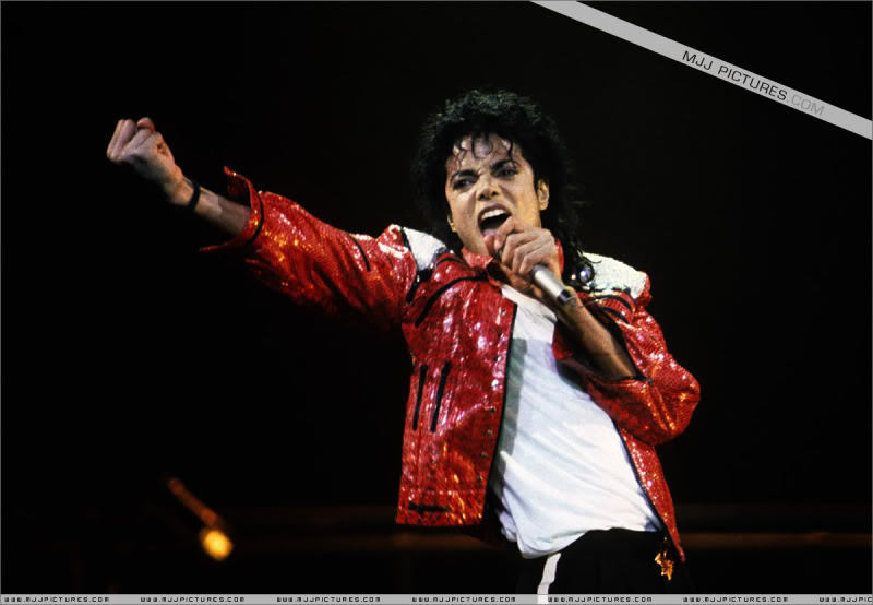 Bad World Tour Onstage- Various - Page 3 1182