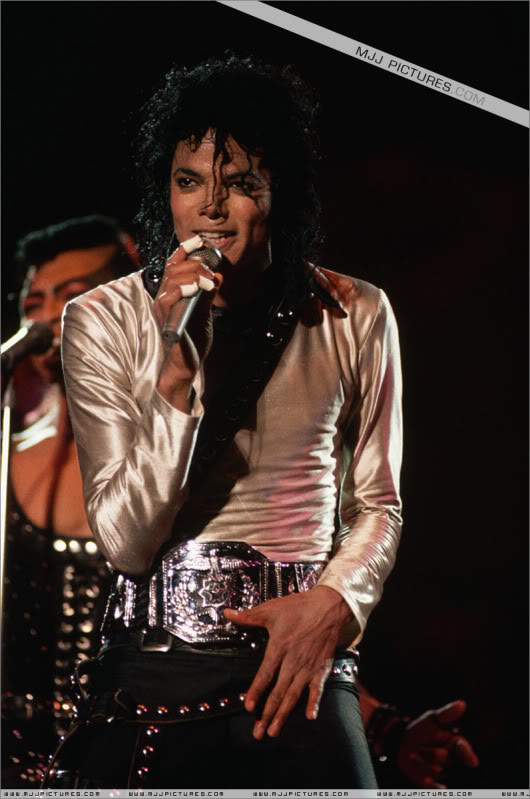 Bad World Tour Onstage- Various 119-1