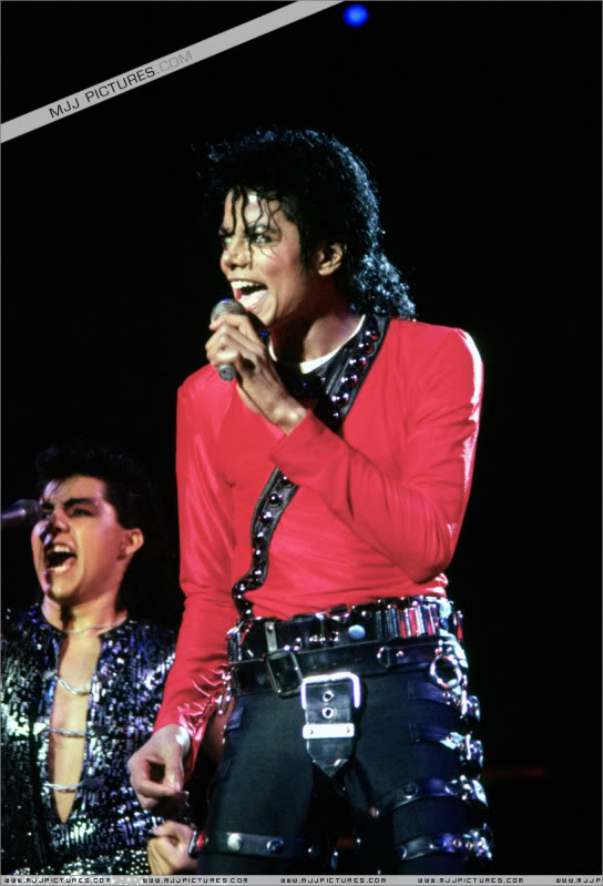 Bad World Tour Onstage- Various 124-1