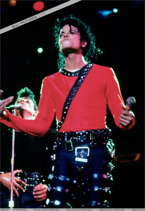 Bad World Tour Onstage- Various 125-1