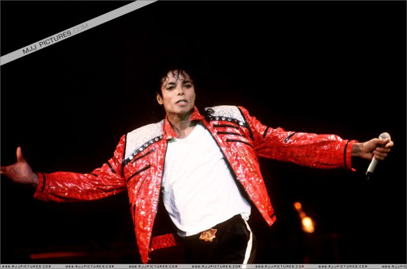 Bad World Tour Onstage- Various - Page 3 1252