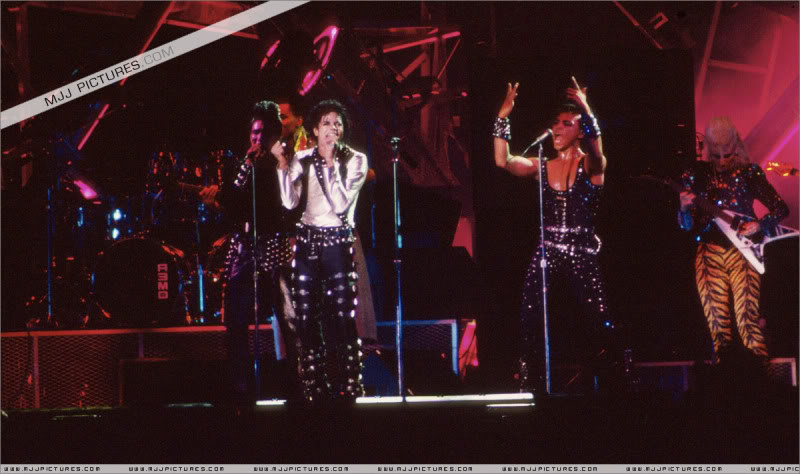Bad World Tour Onstage- Various 128-1