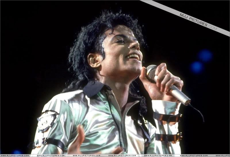 Bad World Tour Onstage- Various 131-1