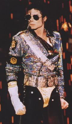 Dangerous World Tour Onstage- Jam 133-2
