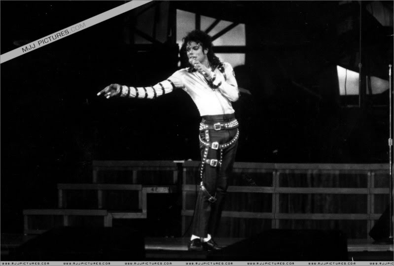 Bad World Tour Onstage- Various 134-1