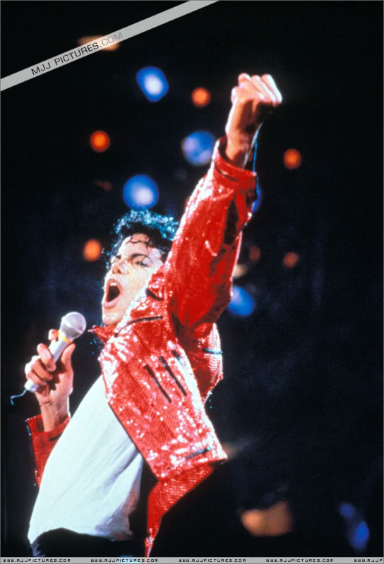 Bad World Tour Onstage- Various - Page 3 1362