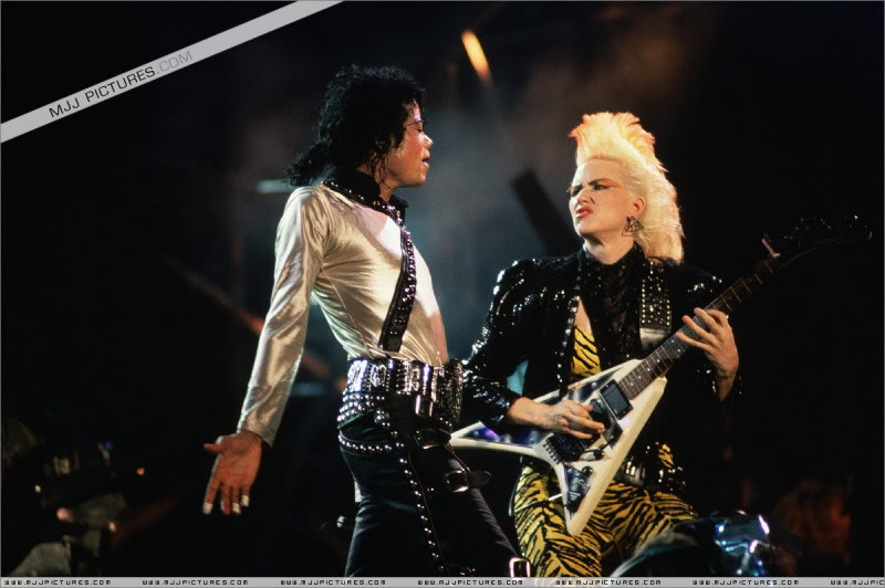 Bad World Tour Onstage- Various 137-1