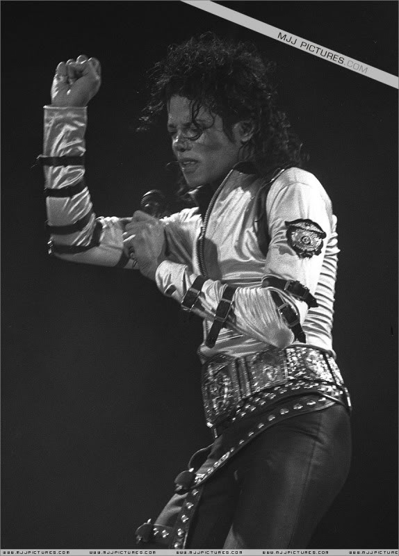 Bad World Tour Onstage- Various 150-1