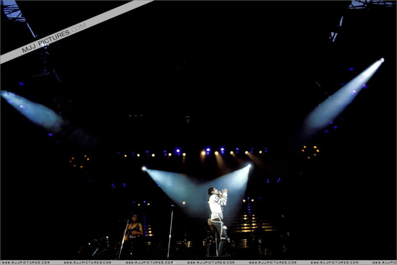 Bad World Tour Onstage- Various 181-1