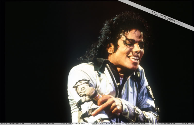 Bad World Tour Onstage- Various 182-1