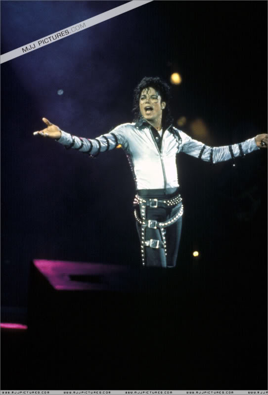 Bad World Tour Onstage- Various 186-1