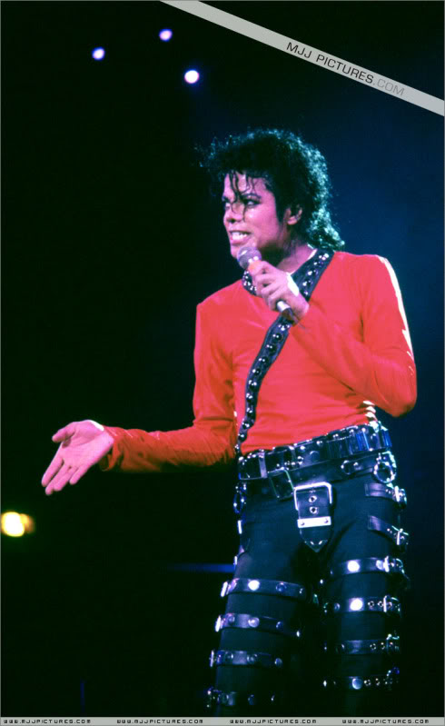 Bad World Tour Onstage- Various 204-1