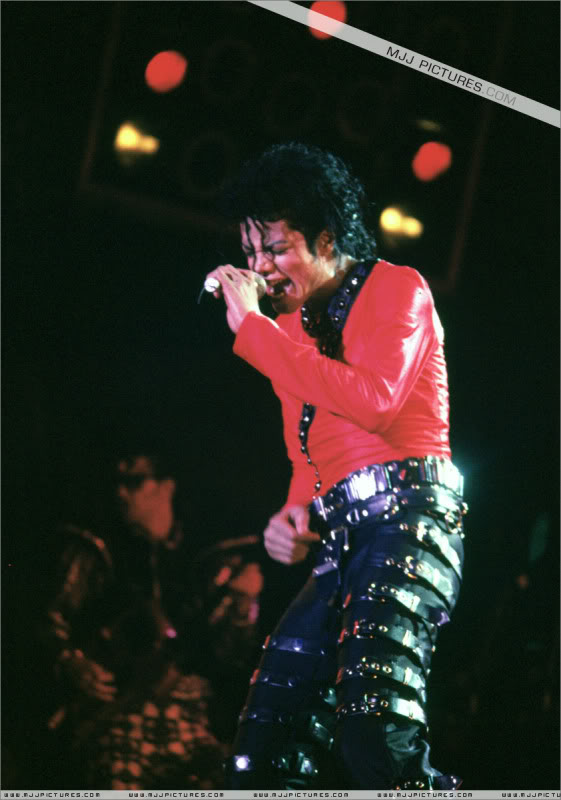 Bad World Tour Onstage- Various 205-1