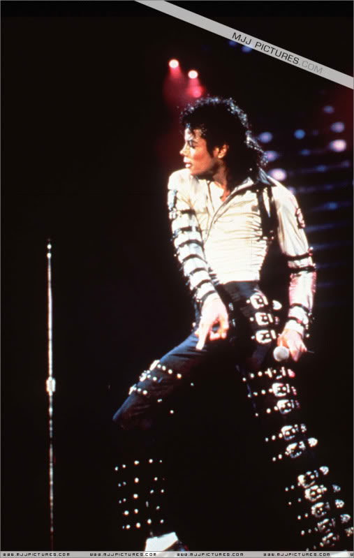 Bad World Tour Onstage- Various 220-1