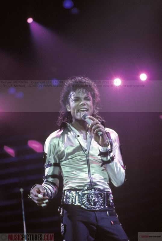Bad World Tour Onstage- Various - Page 2 270