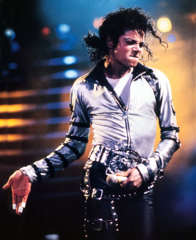 Bad World Tour Onstage- Various - Page 2 286