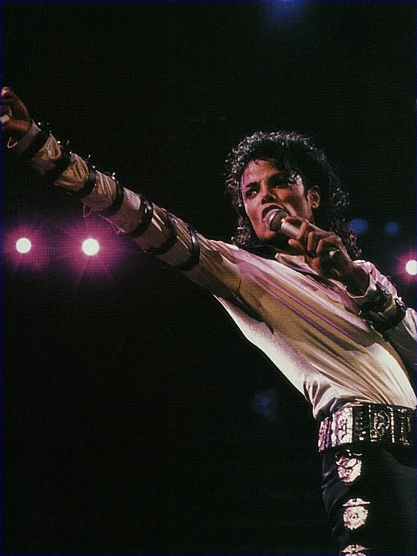 Bad World Tour Onstage- Various - Page 2 293