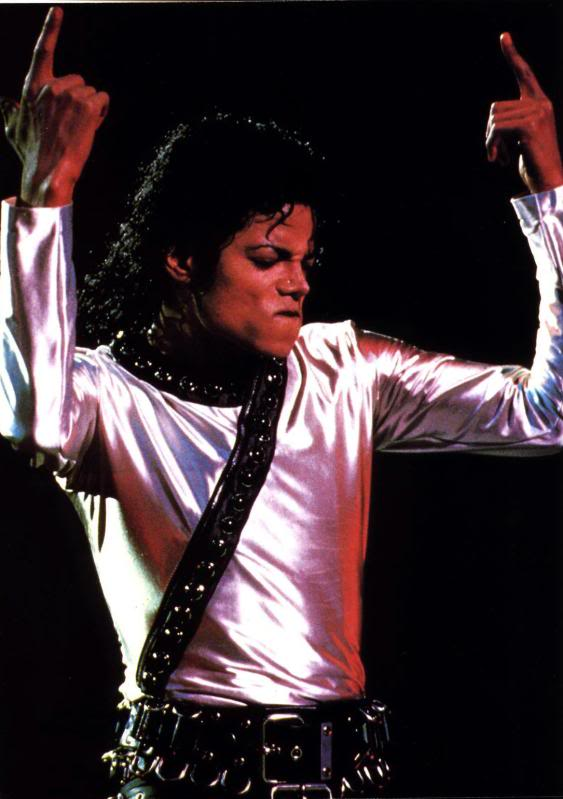 Bad World Tour Onstage- Various - Page 2 298