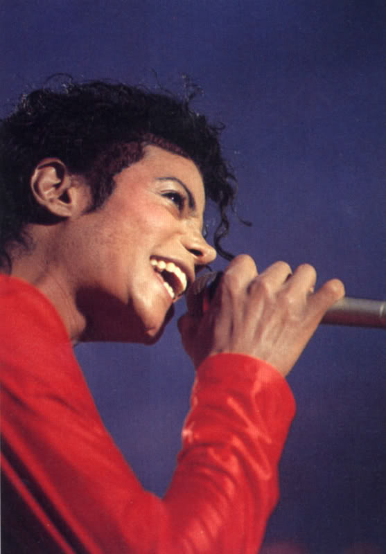 Bad World Tour Onstage- Various - Page 2 301