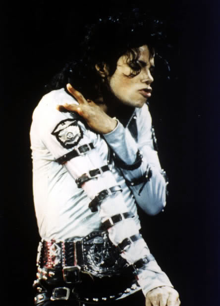 Bad World Tour Onstage- Various - Page 2 316