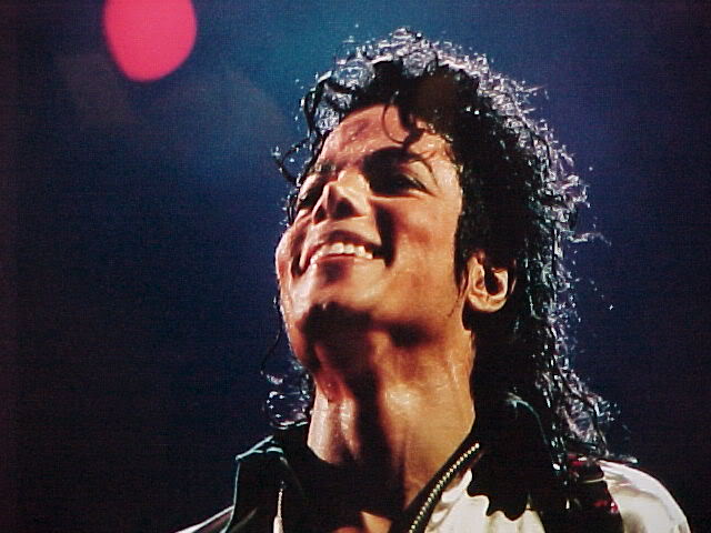 Bad World Tour Onstage- Various - Page 2 349