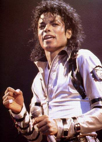 Bad World Tour Onstage- Various - Page 2 366